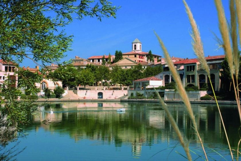 vacances au provence Vacances de février : quels sont les campings ouverts en Provence ? -  Passeport Voyage