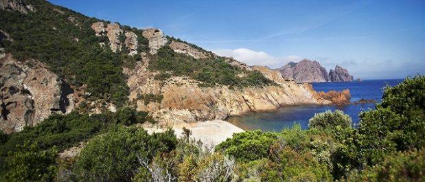 La Réserve naturelle de Scandola: découvrez la réserve naturelle marine et terrestre en Corse